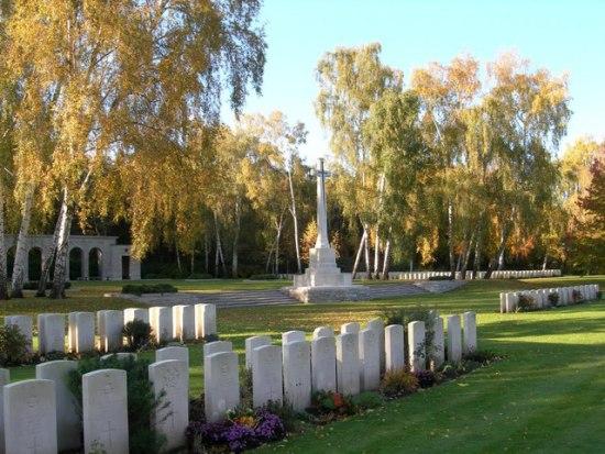 Bob Naffin_cemetery in berlin