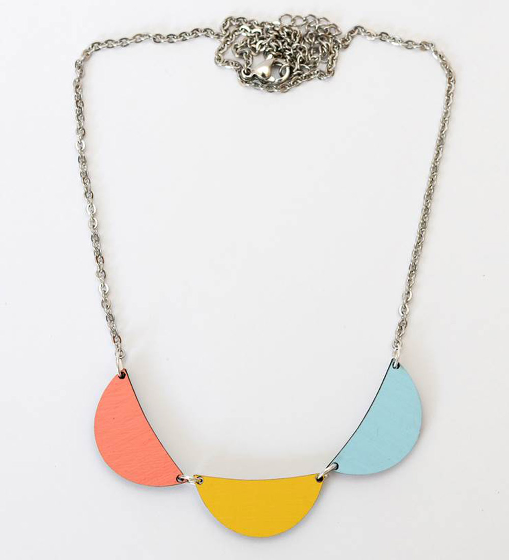 Delilah Devine splice necklace