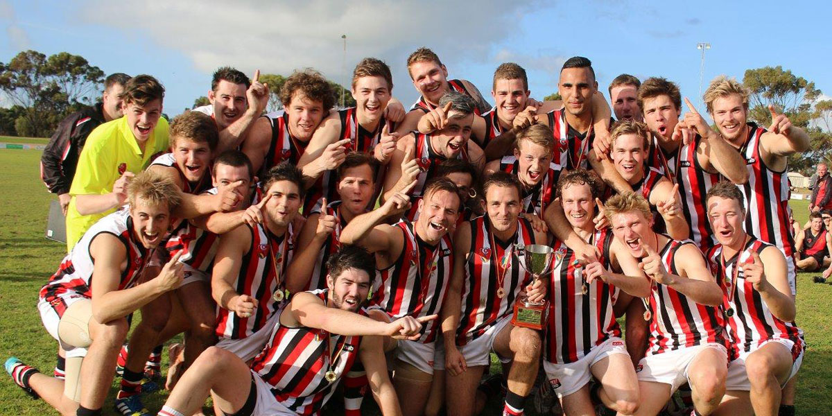 Last year's SA country football champions, Murray South East. Photo: Peter Argent