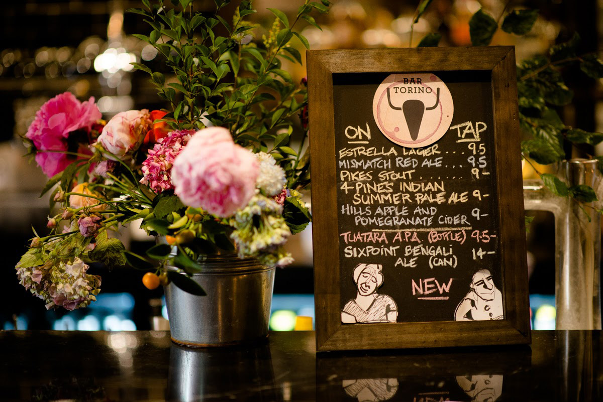 Bar-Torino-flowers-and-drinks-specials