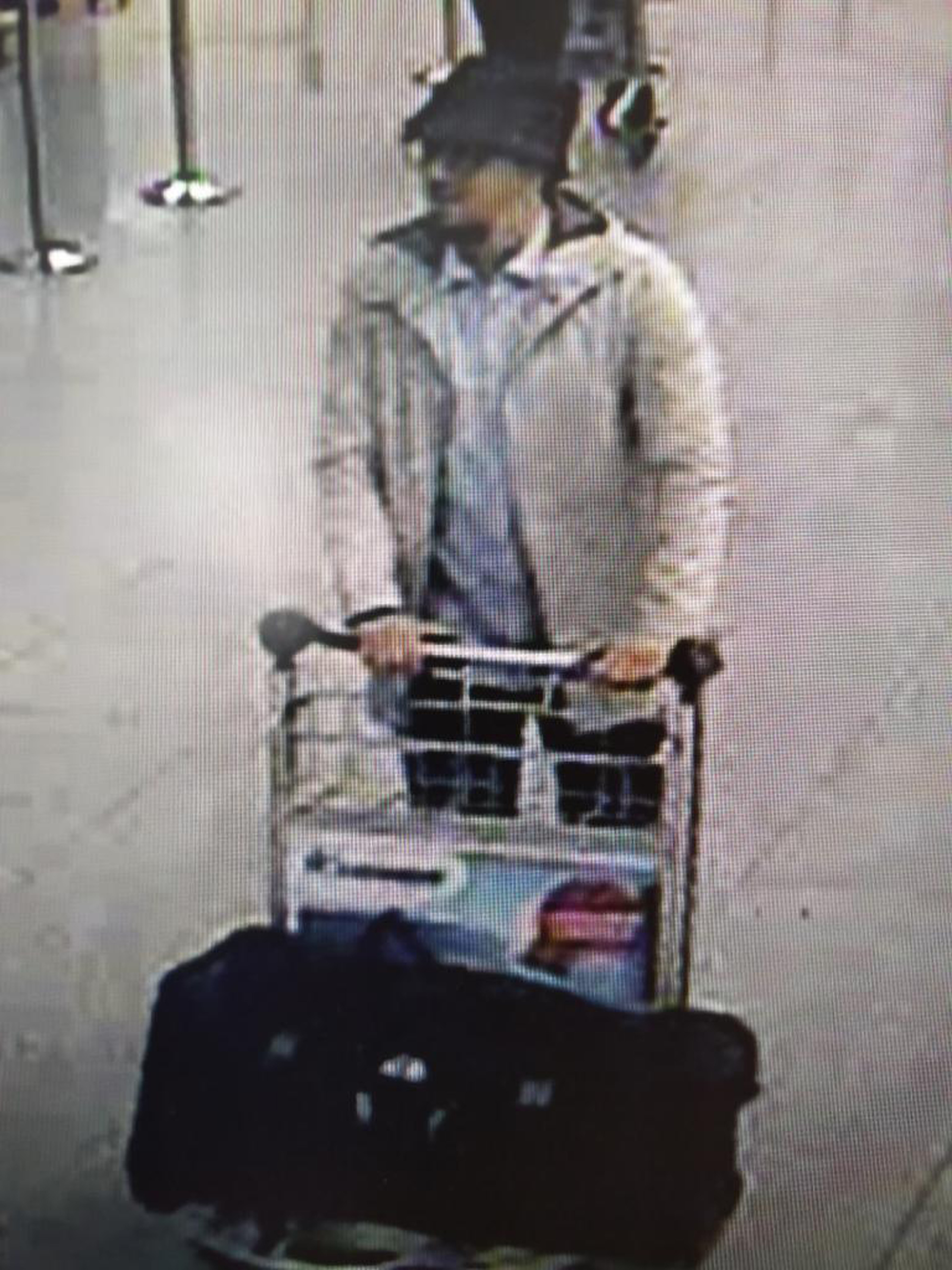 An image of a man who is suspected of taking part in the attacks at Belgium's Zaventem Airport and is being sought by police. Photo: Belgian Federal Police via AP