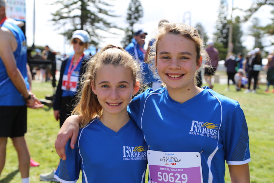 The next generation – Edwina and Harriet Marshman from the Lower North Fat Farmers team at the City to Bay in Adelaide.